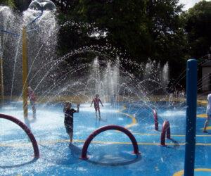 Happy mount splash